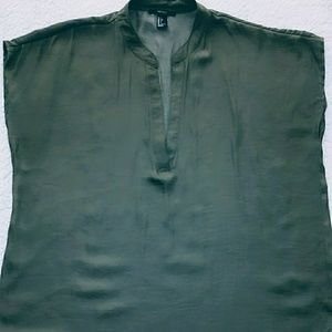Forever 21 ladies green blouse